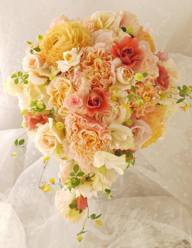 ブーケ セミキャスケード 春のオレンジ ラ・カンパネラ : 一会 ウエディングの花