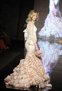 Trajes de Flamenca - SIMOF 2013 - Moda Flamenca: Costumes, Más Gaviño, Paz Más, Aurora Gaviño, Flamenco Fashion, Gaviño Mary, Mary Paz, Simof 2013, Flamenco