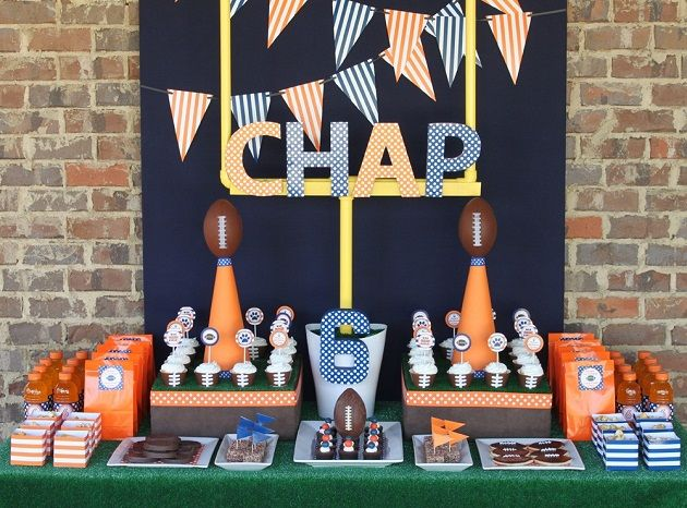 Great super bowl party ideas! Free printables: Sports Parties, Kids Birthday, Birthday Parties, Theme Parties, Super Bowls, Football Parties, Parties Ideas, Birthday Ideas, Football Birthday