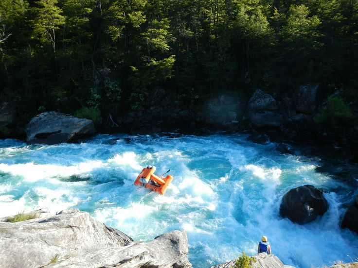 Creature Craft entering Zeta Rapid on Chile's Futaleufu River | from Creature Craft https://www.facebook.com/CreatureCraft