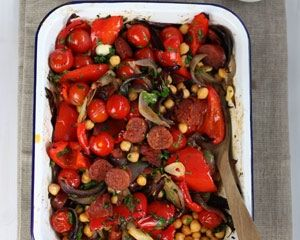 Red pepper, chorizo and chickpea bake recipe