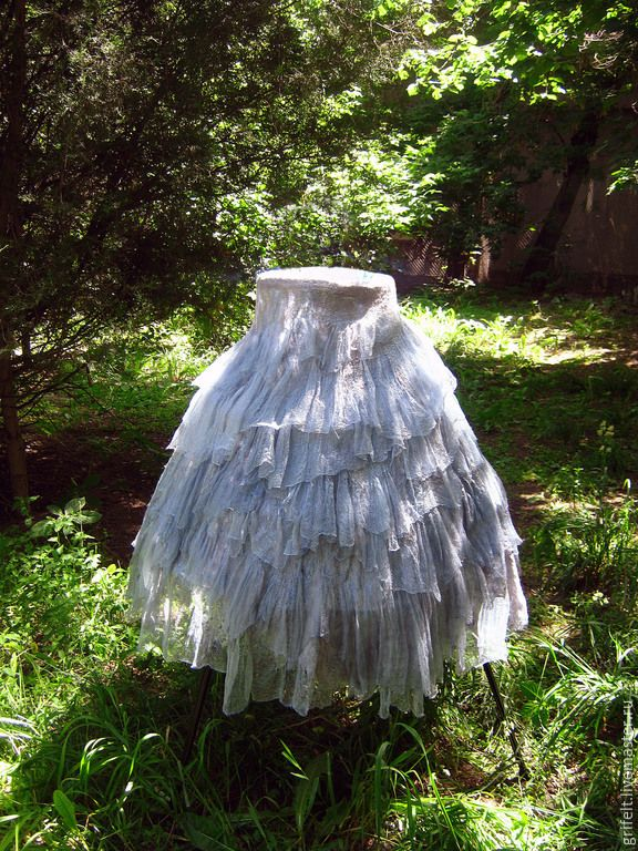 """Skirt handmade felted, semi-sun, Boho style felted """"Silvery"""" ,wrapped, tie strings, dimensionless. Knotted laced through eyelets. Natural gas is the author silk painting 33 meters in Italian Merino. Shining fibers provide fascinating glimpses, especially in the sun."""