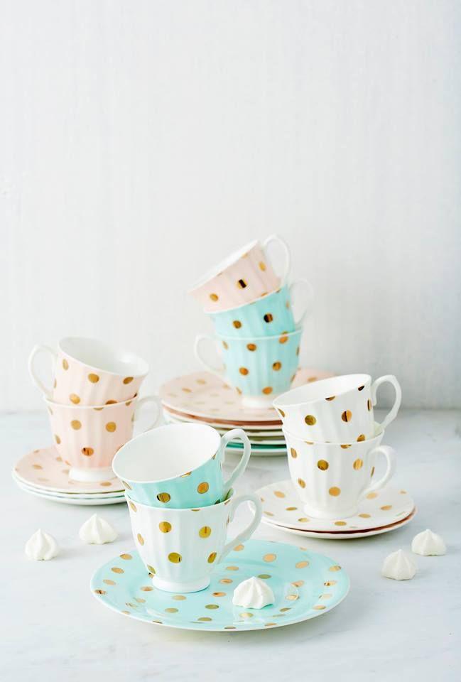 Robert Gordon Pottery Goldie Collection.   Tea & Coffee ...