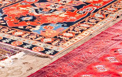 Our special rug laundry cleaning service includes pick-up and delivery throughout the Melbourne metropolitan area. Simply give us a call, and we'll literally come and take your cleaning in hand.