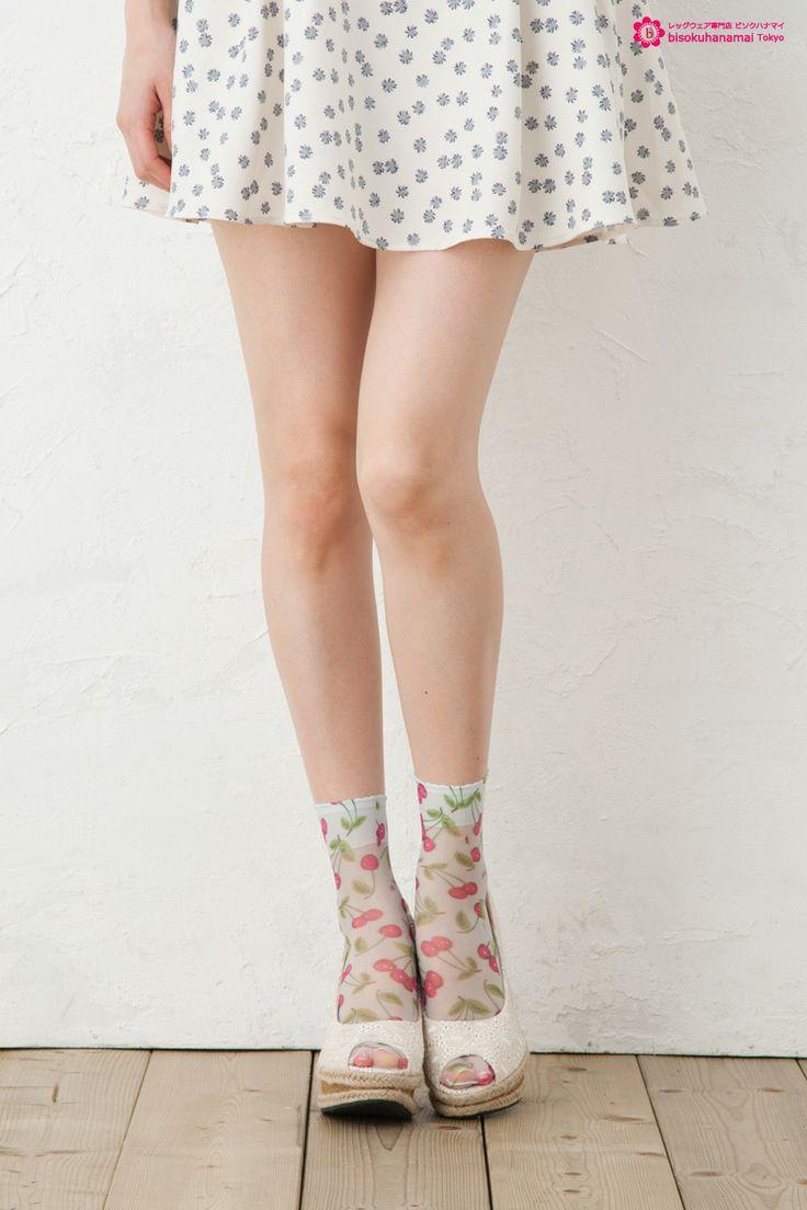 Cherry print socks BLUE JPY333(without TAX)