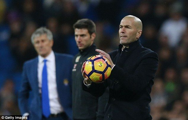 Real Madrid manager Zinedine Zidane remains confident his side can win the  title