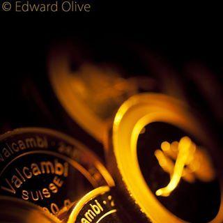 Fotógrafo de metales preciosos Edward Olive Fotografía de estudio de oro, plata, platino y paladio  Fotografia artistica de metales preciosos de Edward Olive Fotos de estudio de oro, plata, platino y paladio en Madrid España y todo el mundo