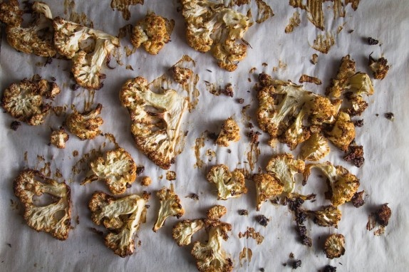 ... easy Cumin Roasted Cauliflower. Recipe by Indiaphile.info #cauliflower