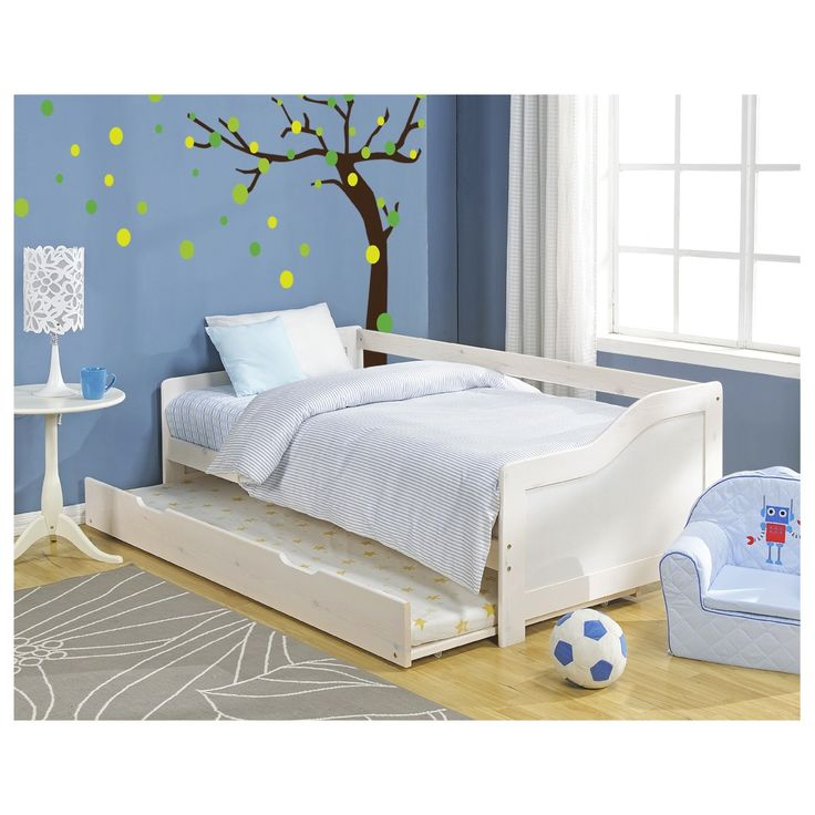 The elegant Hove daybed in a contemporary white finish makes a beautiful addition to either your children's bedroom or spare room. Doubling up as a sofa by day and a bed at night, the clever Hove also features a pull out bed underneath - perfect for sleepovers or overnight guests. #daybed #bed #home