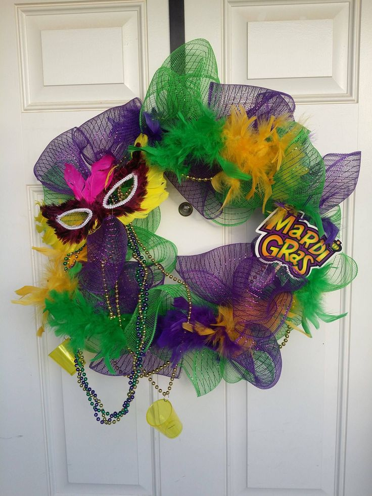 dollar tree mardi gras wreath i used floral mesh beads