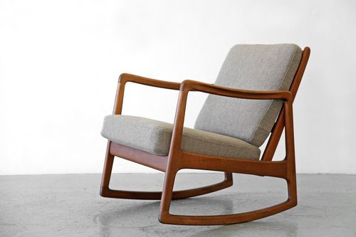 Rocking easy chair by ole wanscher france daverkosen for Rocking chair schaukelstuhl