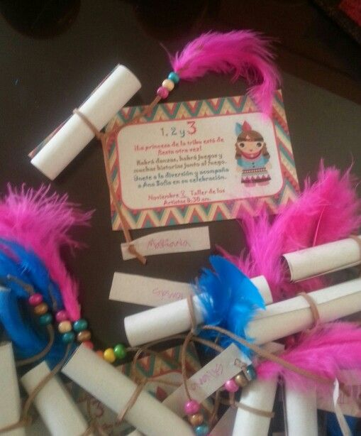 Indian theme party.  Invitaciones
