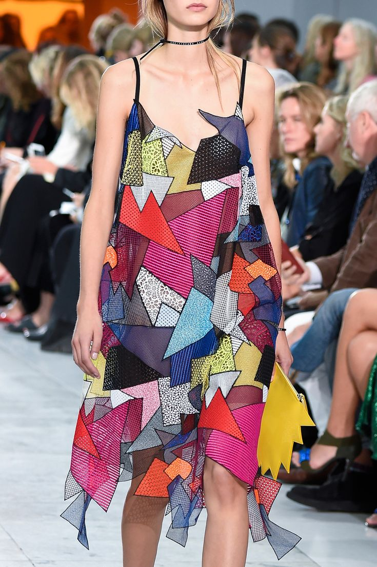 Christopher Kane at London Spring 2016 (Details)