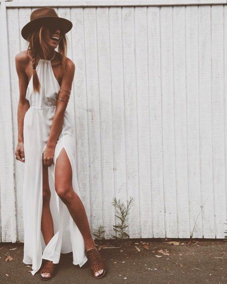 """2,489 To se mi líbí, 12 komentářů – Melody Nelson (@melodynelsonbridal) na Instagramu: """"Such a cool dress @stone_cold_fox via @revolve #bohochic #bridalinspiration #bridesmaid #coolbride"""""""