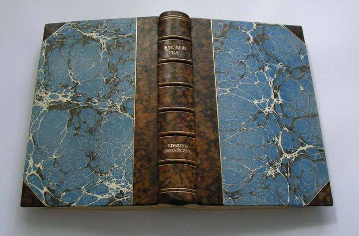 papier marmurkowy: Studio Ebru, oprawa książki: Marcin Praski