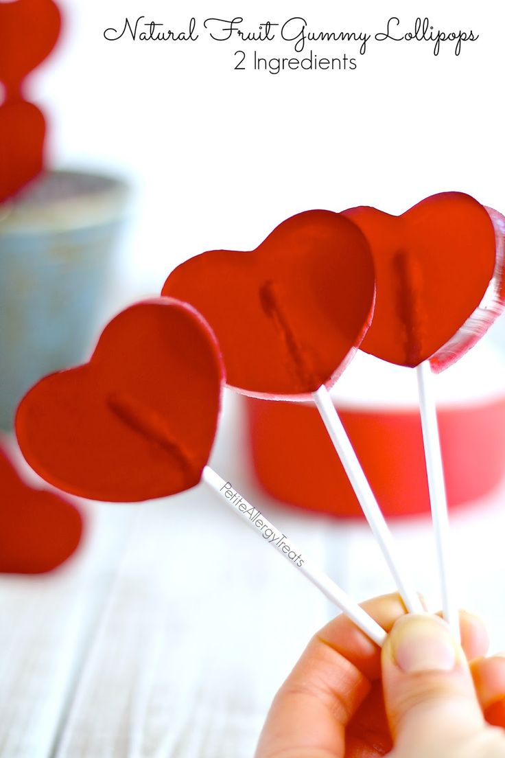 Fruit Gummy Lollipops All Natural Red- Just 2 ingredients, fruit juice and gelatin make these a healthy fruit snack, no artificial dye.
