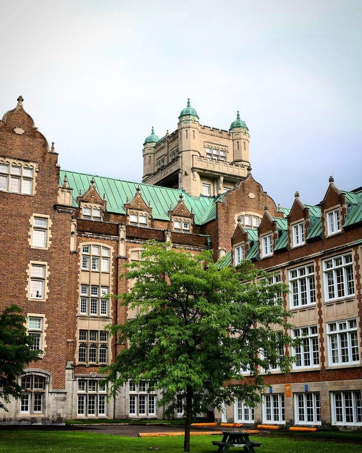 Hogwarts? No. Concordia University. #montreal #canada #quebec…