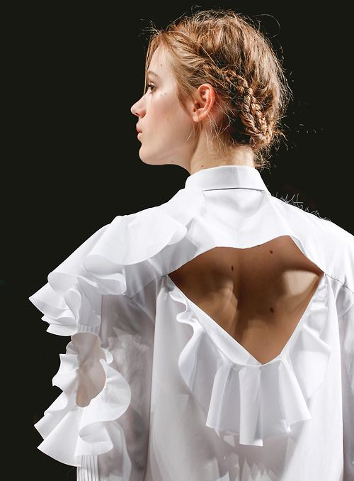 Fuck Yeah Fashion Couture | pellucidus: Esther Heesch at Viktor & Rolf F/W...