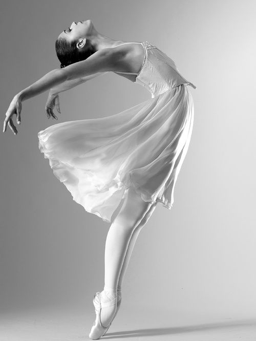 Beautiful dancers are the best type of dancers.