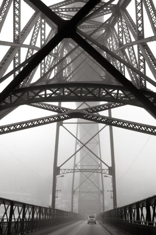 Alma Portuguesa, Porto Bridge