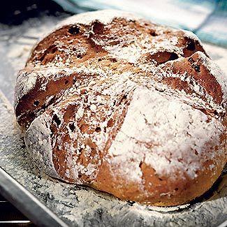 Ржаной хлеб с изюмом - (Russian) - Rye bread with raisins