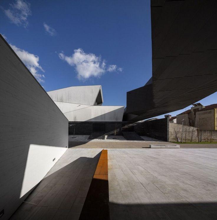 pela positiva: Dias Abertos no Museu de Ílhavo e Navio-Museu Sant...