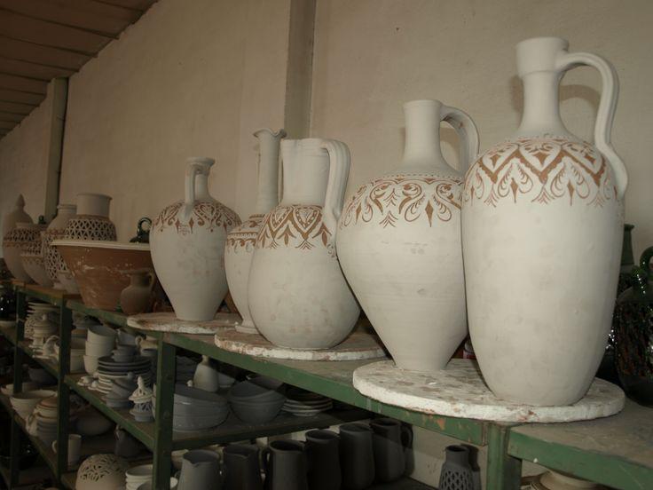 jarrones grandes listos para vidriar alfarera gngora ubeda