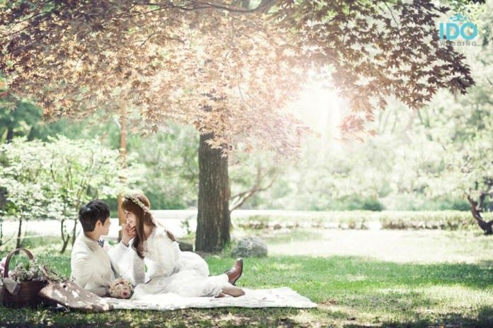 45 Foto Pre-Wedding Outdoor Romantis Dan Unik