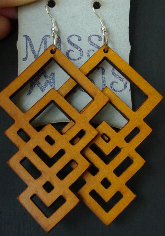 Infinite yellow leather square earrings by Isis
