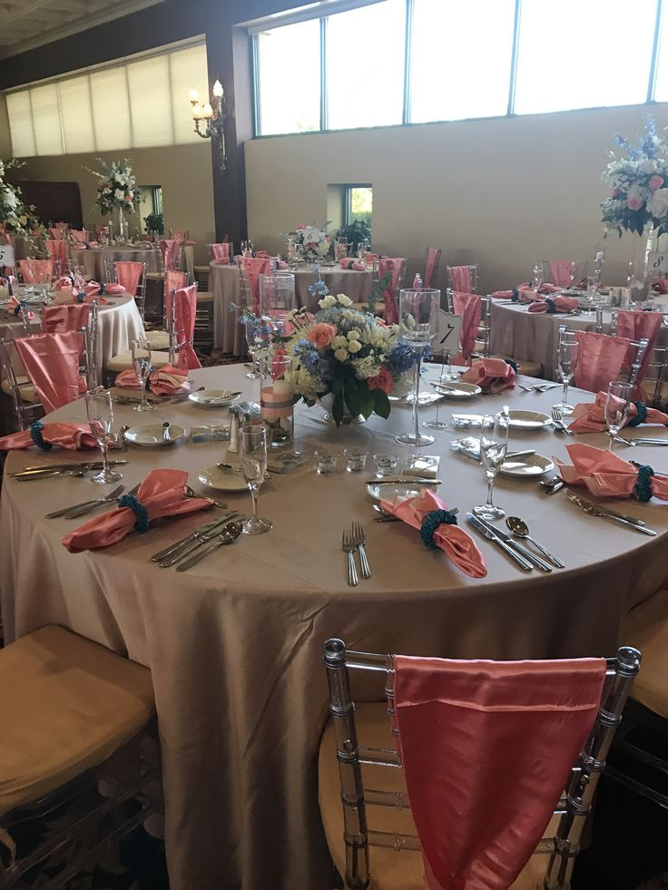 Colorful and casual tablescapes for Chelsey and Charles' beach themed wedding at White Clay Creek Country Club.