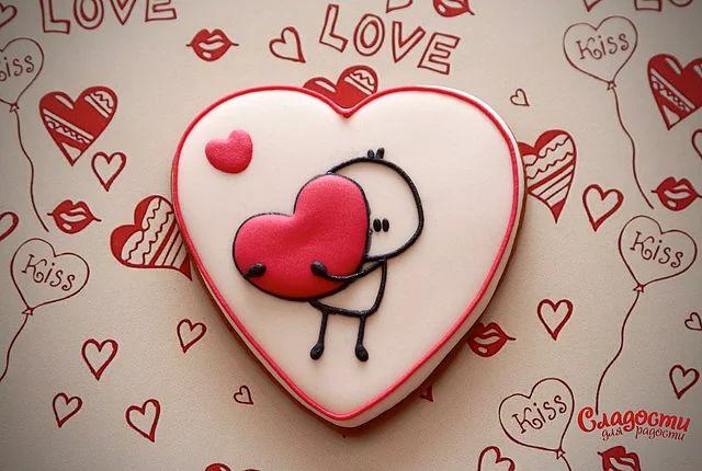 Пряничные ароматные валентинки подарят близкому вам человеку букет вкусов и массу теплых эмоций.