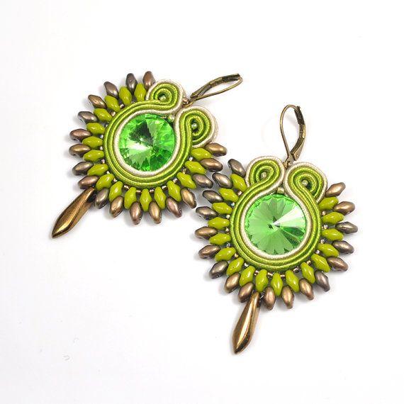 Soutache earrings green earrings casual jewelry di AvennaJewelry