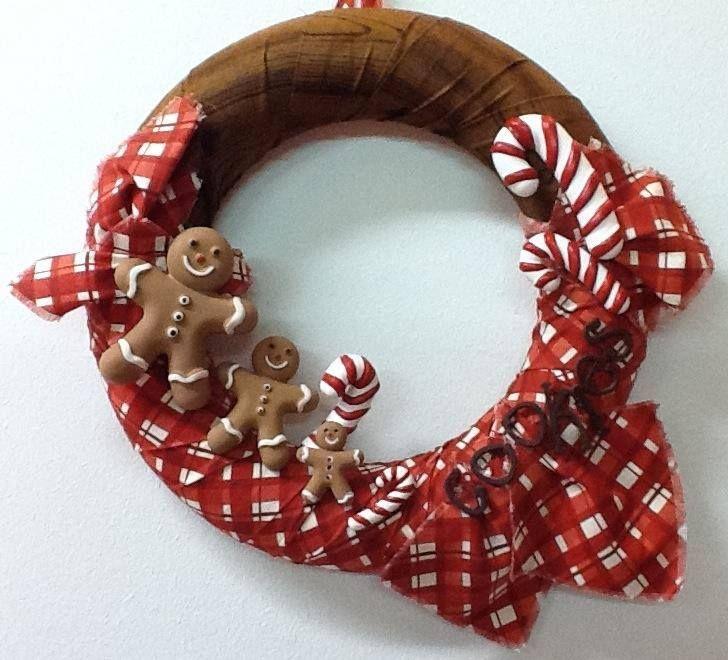 Gingerbreads Wreath with mini chalks - by La bottega delle Idee di Lecco