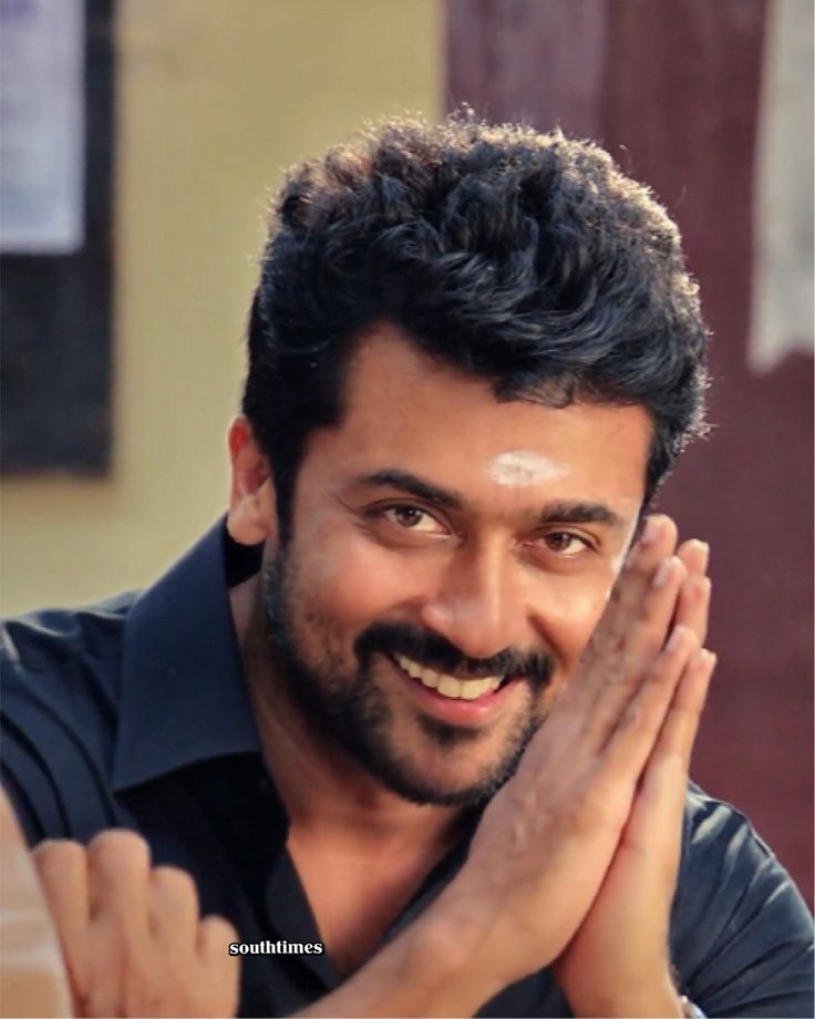 The much awaited teaser of Thaanaa Serndha Koottam is finally here. Looks like we can expect a colourful mass entertainer with a social message. Plus that's a strong star cast consisting of Senthil, Karthik, Ramya Krishnan, Suresh Menon, Sathyan and many more. May we add that Suriya is looking so handsome in this! #suriyasivakumar #keerthysuresh #ramyakrishnan #thaanaaserndhakoottam