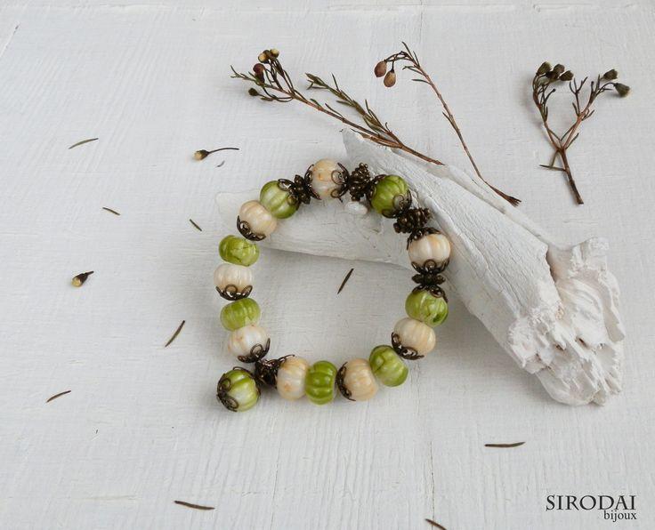 Браслет ручной работы, нежно-светло зеленый, в стиле бохо. #зеленыйбраслет #браслетбохо #украшениябохо #браслетвстилебохо #рустикукрашения #украшениявстилебохо #bohojewelry #bohobracelet  #bohobijoux #bijoux #rusticjewelry #украшениярустик #handmade #jewelryhandmade