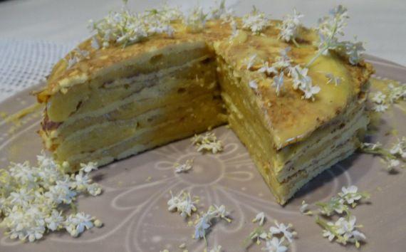 Bodzakrémes cukkinipalacsinta torta - hetszinvilag.lapunk.hu