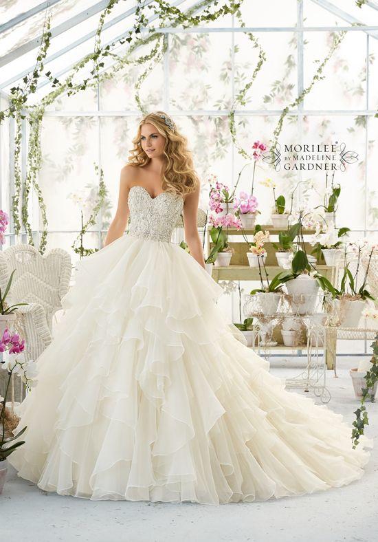 Superb  best wedding dresses images on Pinterest Wedding dressses Marriage and Wedding dress styles