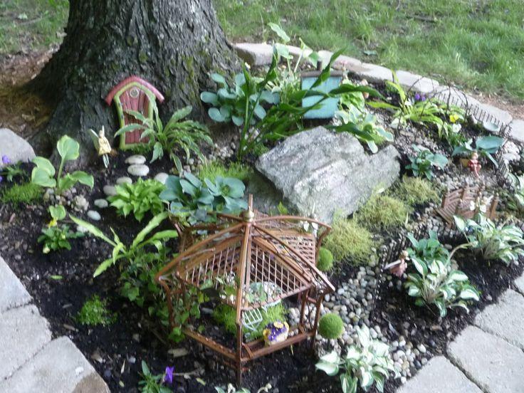 Mini Garden Ideas best 25 miniature gardens ideas that you will like on pinterest Miniature Garden Ideas