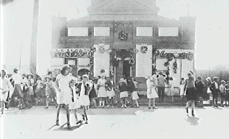 DAPTO - Public Buildings - School of Arts [picture]