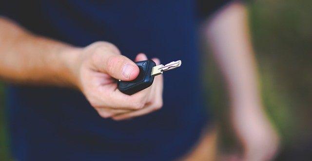 Ogólne uwagi dotyczące kupna używanego samochodu. Na co musimy szczególnie uważać?