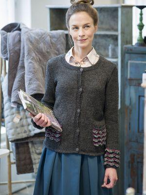 Naisen neulejakku Novita 7 Veljestä ja 7 Veljestä Nostalgia | Novita knits
