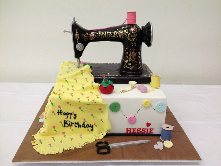 Cake Design For Singer : 17 Best images about Sewing machine cake on Pinterest ...