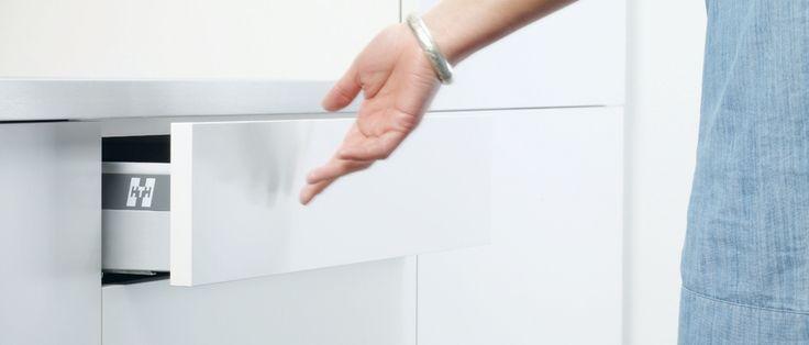 Soft Push - lette køkkenskuffer giver en behagelig hverdag - HTH