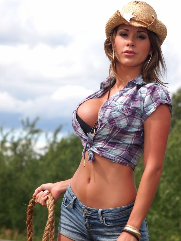 Hot pics of cowgirls