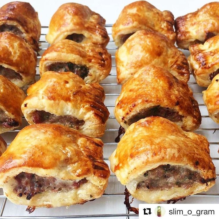 Oh wow  @slim_o_gram these look delicious!!! Did you enjoy the @goodlittlecompany skinny sausages? #skinny #sausages #lowfat #lowsyn #slimmingworld #slimmingworldjourney #slimmingworldfood #weightlossjourney #sausagerolls #britishpork #britishfood #yummy #delicious #foodies #foodblog #foodblogger