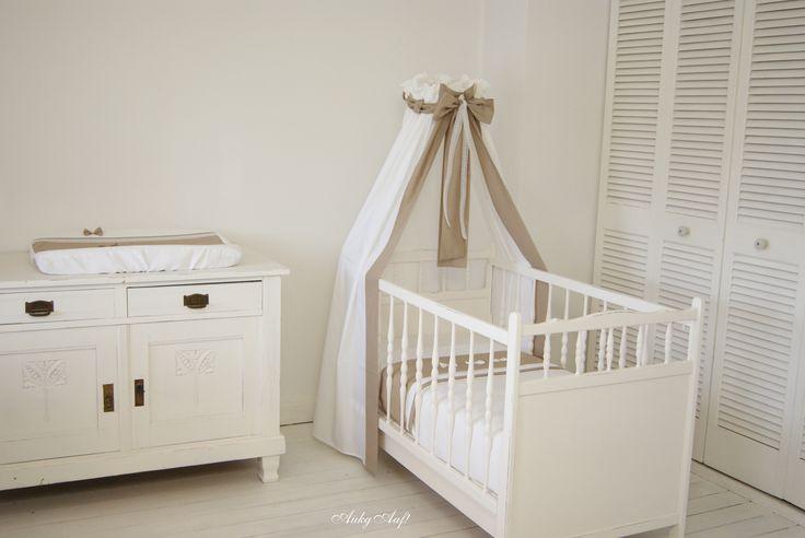 Complete babykamer aankleding met strikjes uit Atelier AukgAaf!