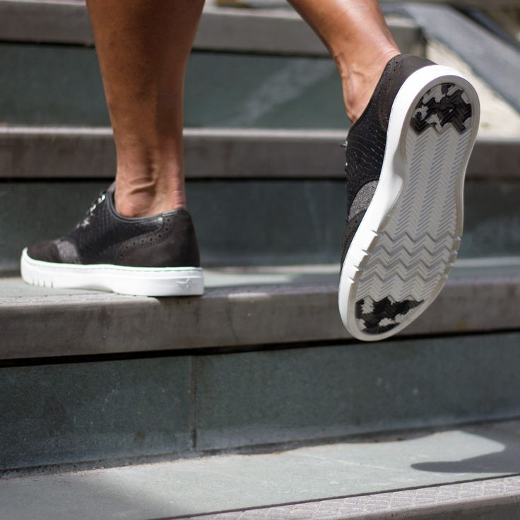 Creative Recreation DEFEO QUEST Black White Croc
