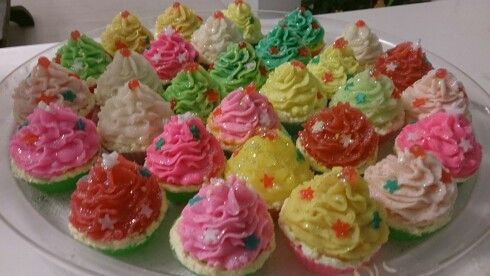 Soap cupcakes!!!www.bloom-bloomshop.com