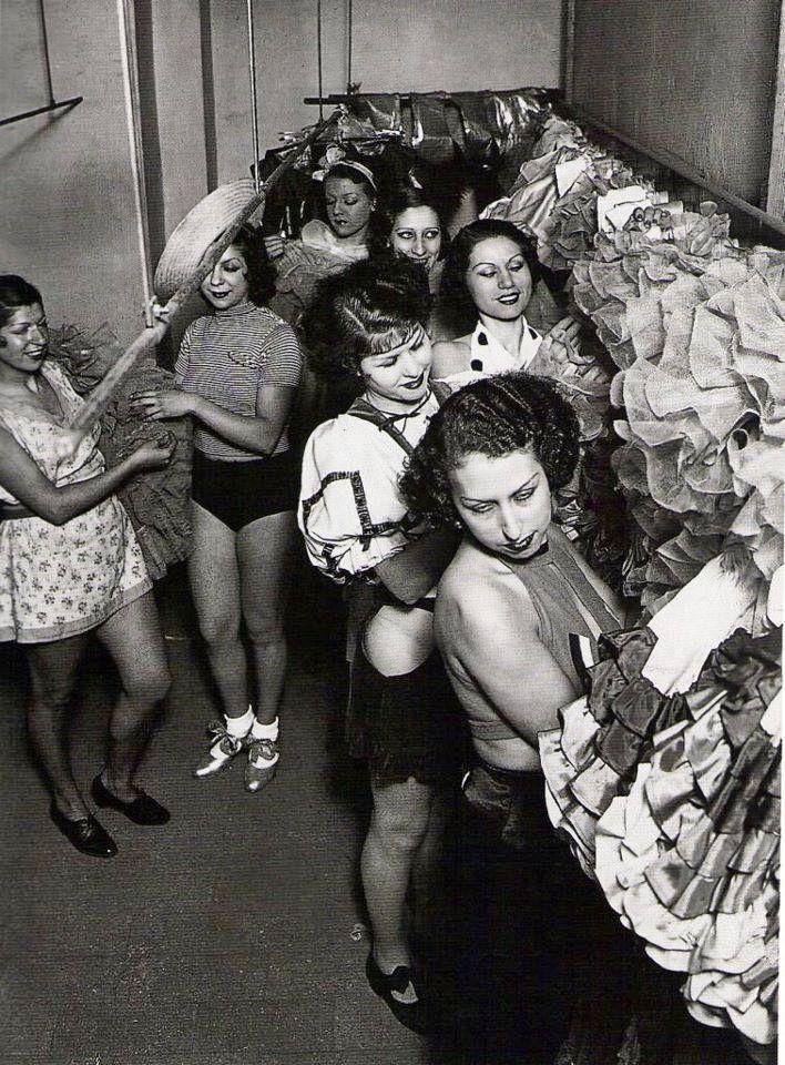 Barcelona 1936.- EL MOLINO