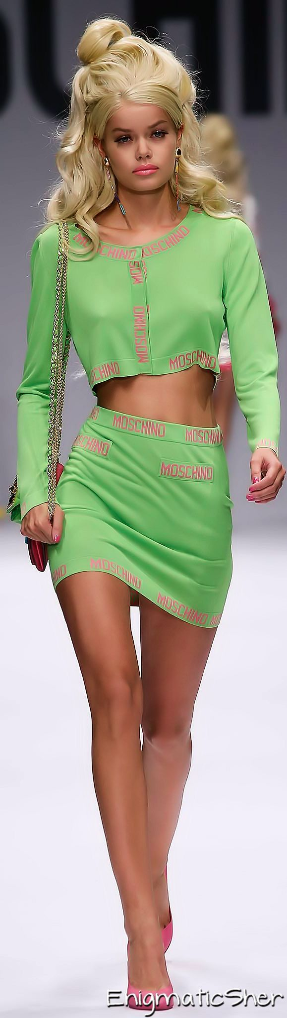 Moschino Spring 2015 Ready-to-Wear